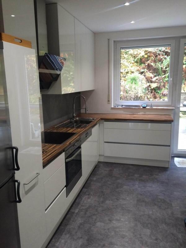 unterlicht kuche free zur auf einer von x mm with unterlicht kuche good fenster mit unterlicht. Black Bedroom Furniture Sets. Home Design Ideas